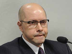 O senador Demóstenes Torres (sem partido-GO), no Conselho de Ética (Foto: Fabio Rodrigues Pozzebom/ABr)