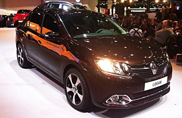 Renault Logan é apresentado no Salão de Buenos Aires (Foto: Ricardo Sant'Anna/Autoesporte)