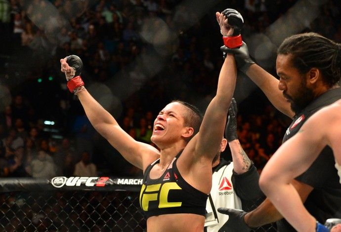 Amanda Nunes UFC 196 (Foto: Jason Silva)