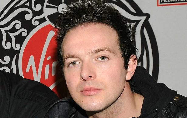 James Allan, vocalista da banda escocesa Glasvegas, sumiu em setembro de 2009, quando o grupo deveria se apresentar na entrega de um prêmio. Cinco dias depois, o roqueiro avisou o empresário do conjunto que ele estava bem, em Nova York. Ninguém entendeu c (Foto: Getty Images)