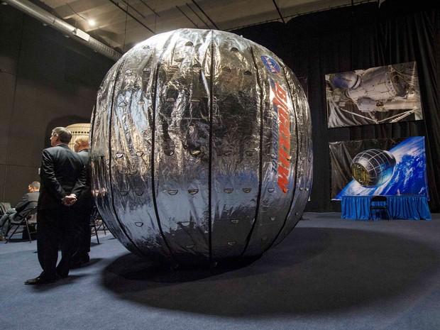 Módulo Beam foi exibido durante coletiva de imprensa em Las Vegas (Foto: Reuters)