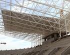 Telhado é instalado para proteger 100% (Divulgação)