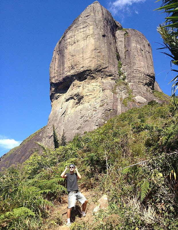 Thiago Amaral em visita à Pedra da Gávea (Foto: Acervo pessoal)