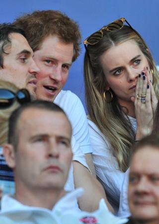 Harry e a namorada vão a evento no fim de semana (Foto: Glyn Kirk/AFP)