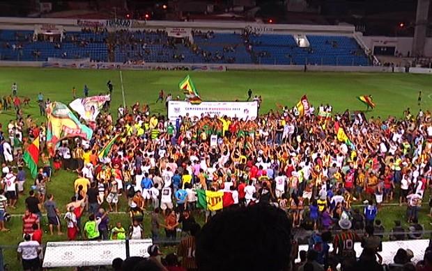 Sampaio comemora título estadual 2012 (Foto: Reprodução/TV Mirante)