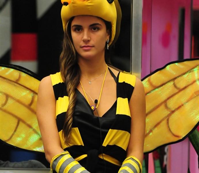 Laisa virou abelha em castigo do monstro (Foto: Globo / Frederico Rozário)