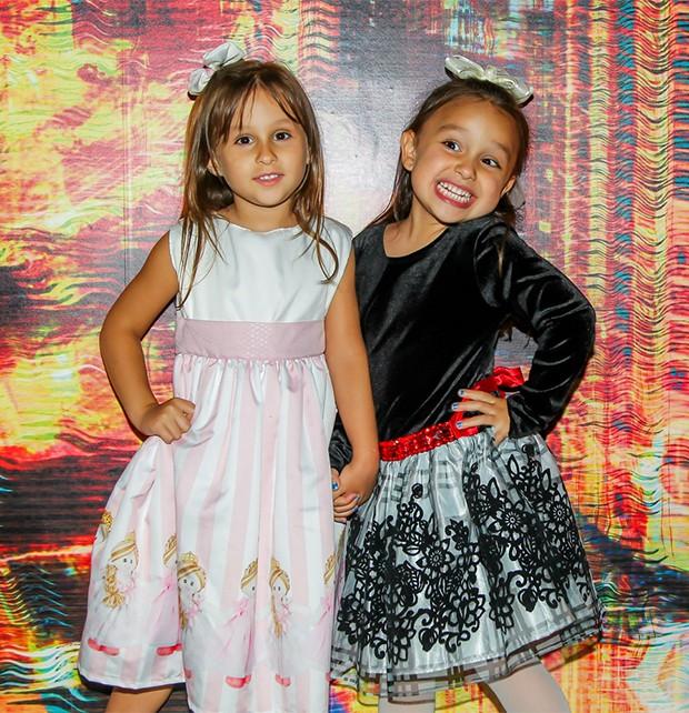Maya e Kiara, filhas de Natália Guimarães e Leandro (Foto: Manuela Scarpa / Brazil News)