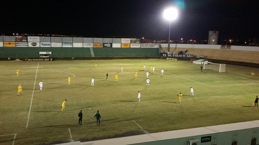 Mirassol e XV de Piracicaba jogaram para 109 torcedores (Foto: Vinícius de Paula / Agência Mirassol)