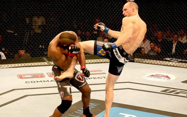 Ryan LaFlare chute UFC luta Abu Dhabi (Foto: Getty Images)