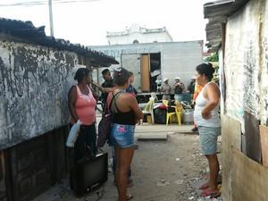 Moradores dizem não saber para onde ir (Foto: Lucas Leite/G1)