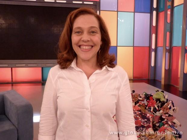 Isabela Garcia diz que crianças ajudam a manter a forma (Foto: Encontro com Fátima Bernardes/TV Globo)