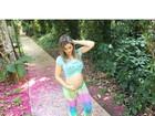 Kelly Key exibe barriguinha de grávida em foto na web