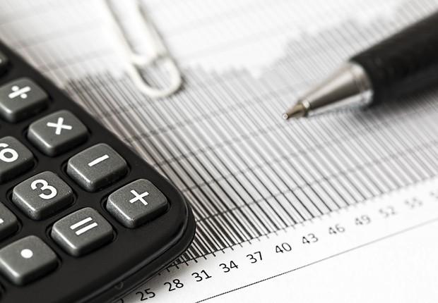 investimento, planilha, gráficos, calculadora, dinheiro, dívida (Foto: Pexels)