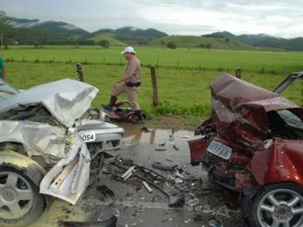 Acidente ocorreu nesta quarta-feira em Ilhota (Foto: Gilberto Schmitt/ Cruzeiro do Vale)