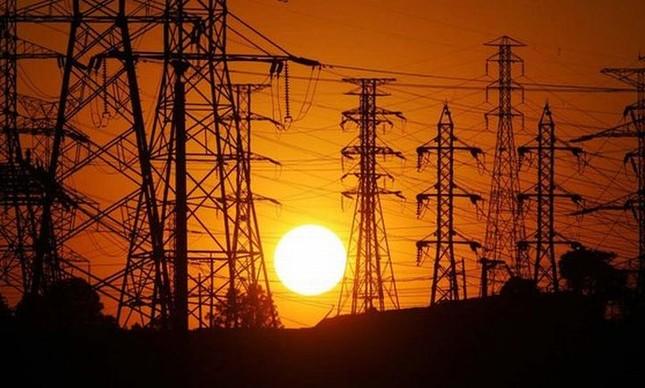 Consumidores da Light terão reajuste de 9,78% na conta