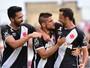 Com gol olímpico de Nenê e marca histórica de Loco, Vasco bate o Bangu