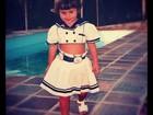 Carol Francischini divulga foto de quando era criança
