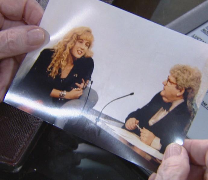 Angélica mostra foto de sua primeira entrevista com Jô Soares (Foto: Reprodução)