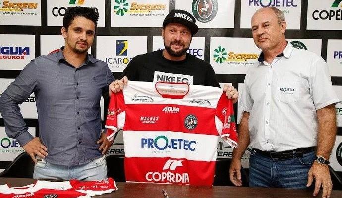 Atacante Rodrigo Gral assina com o Concórdia para disputar Série C do estadual (Foto: Arquivo Pessoal)