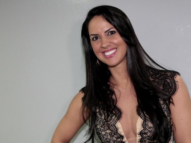 Graciele Lacerda em show de Zezé Di Camargo e Luciano no Rio (Foto: Isac Luz/ EGO)