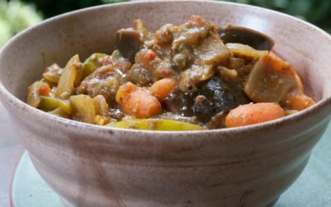 Como fazer curry de legumes