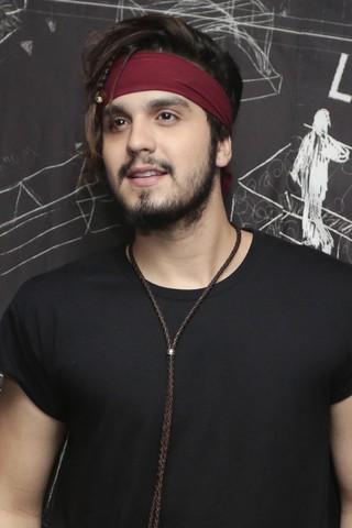 Luan Santana e seu novo visual (Foto: Rafael Cusato/Brazil News)
