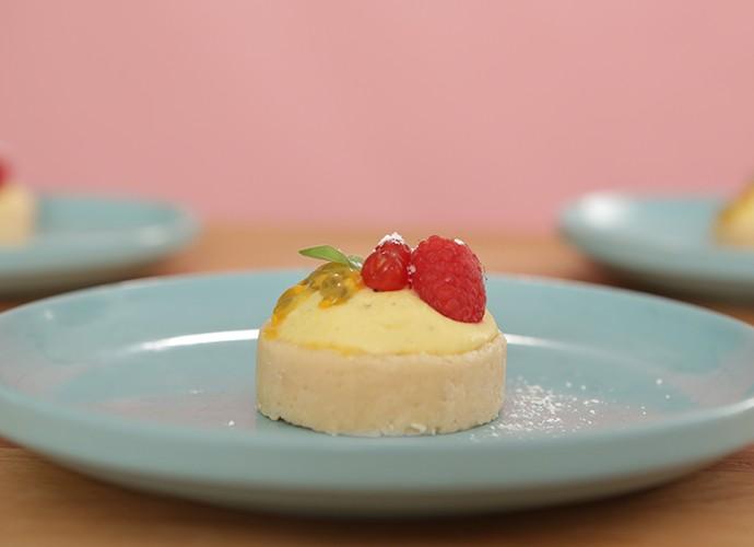 Mousse de maracujá com cocada crocante  (Foto: Dulce Delight / Gshow)