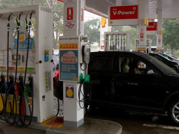 Média de preço da gasolina em Campinas será a maior dos últimos três anos (Foto: Reprodução EPTV)