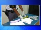 Bolivianos são presos com cocaína escondida por baixo da roupa