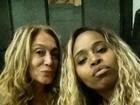 Com Roberta Rodrigues, Susana Vieira posa sem maquiagem  para selfie