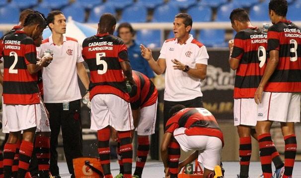 Jorginho, novo técnico do Flamengo, tenta levar o time para sua primeira vitória (Foto: Guilherme Pinto/O Globo/Reprodução: Globoesporte.com)