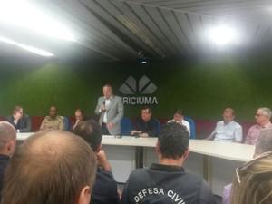 Encontro em Criciúma discutiu a segurança na cidade (Foto: Reprodução/RBS TV)