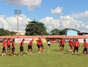 Atlético-GO tentará se reerguer em 2013 (Foto: Fernando Vasconcelos / Globoesporte.com)