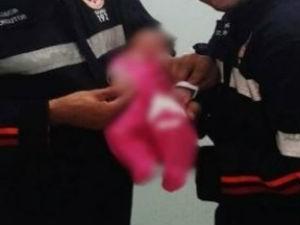 Bebê foi socorrido vivo pelo Samu (Foto: Thiago Henrique Artuso/Samu de Ibitinga)