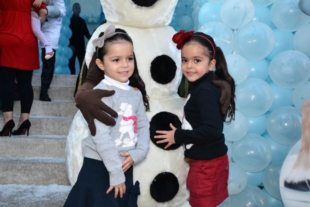 Aniversário Rafinha Justus -  Isabella e Helena, filhas de Luciano Camargo (Foto: Francisco Cepeda/ Ag. News)