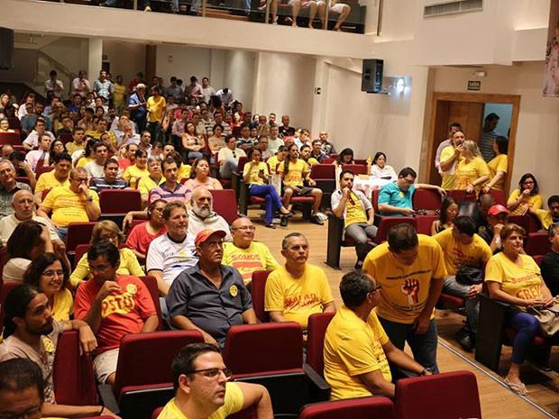 Assembleia aconteceu entre a tarde e noite desta terça no Sindicato dos Bancários do RN (Foto: Divulgação/Sindicato dos Bancários do RN)