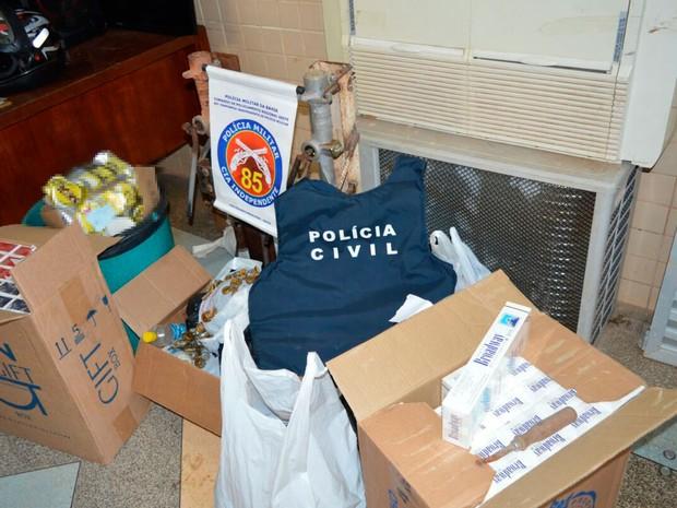 Material foi apreendido pela polícia nesta quarta-feira (Foto: Ivan Gehlen/Blog do Braga)