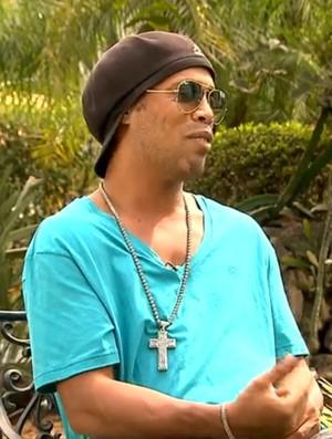 Ronaldinho diz que vai torcer muito para a seleção brasileira (Foto: Reprodução TV Globo)
