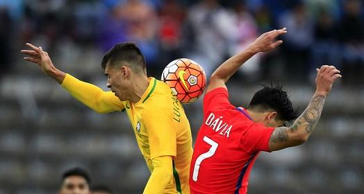 Mesmo com um a mais desde o primeiro tempo, Brasil sub-20 empata com o Chile (EFE)