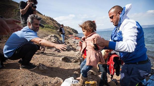 Oitava temporada: o drama dos refugiados na Europa (Foto: Kelly Lynn)
