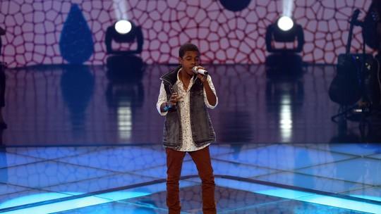 Juan Carlos Poca é o finalista eleito do Time Victor & Leo no 'The Voice Kids'