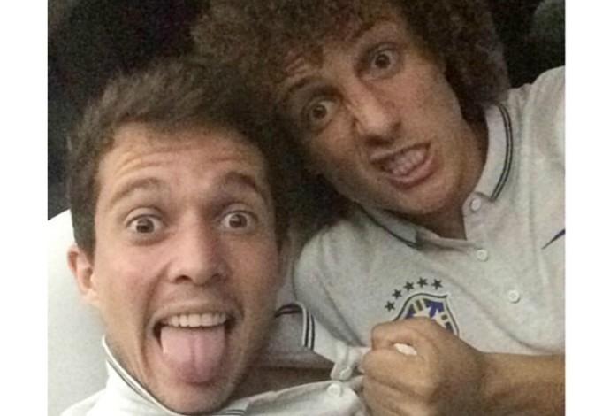 Bernard e David Luiz (Foto: Reprodução / Instagram)