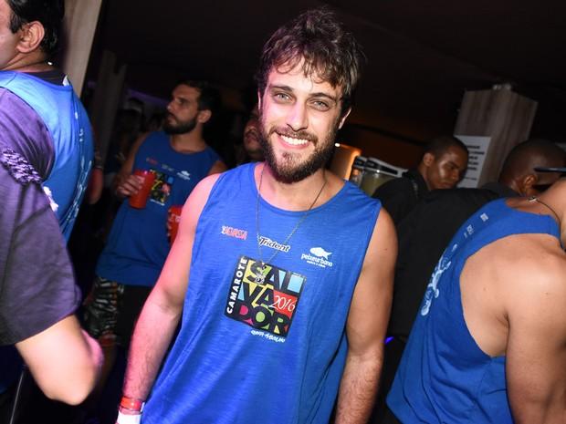 Ronny Kriwat em camarote em Salvador, na Bahia (Foto: Caio Duran e Charles Naseh/  Divulgação)