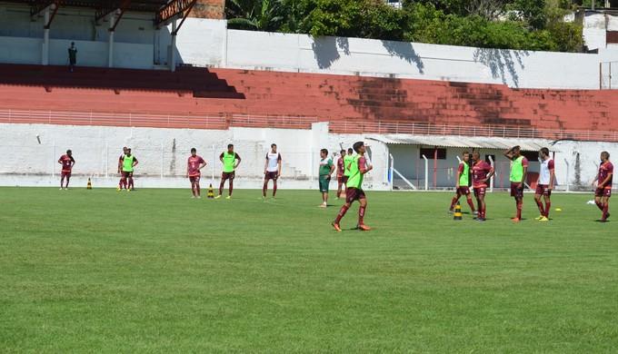 Boa Esporte treina no CT da Rua Paraná, em Varginha (Foto: Régis Melo)
