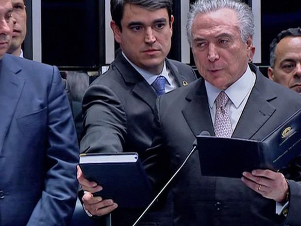 Temer empossado (Foto: Reprodução/TV Senado)