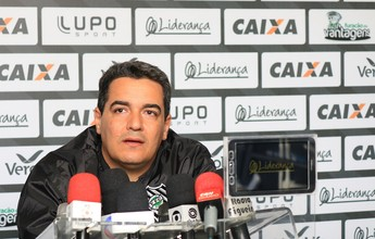 """Roger Flores elogia """"maior interesse"""" do Figueirense na vitória contra o Fla"""