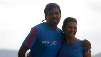 Meia Maratona do Rio tem histórias de superação, mas também tem muito amor