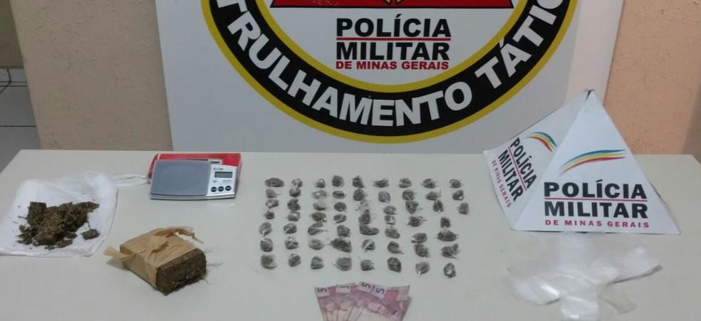 Homem de 19 anos foi preso com drogas no Bairro Alto da Boa Vista (Foto: Polícia Militar/Divulgação)