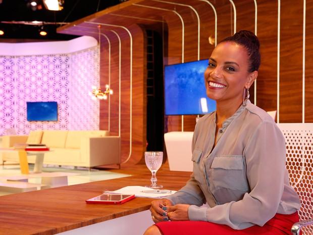 Flvia Oliveira - TV Mulher (Foto: VIVA)