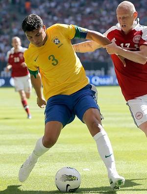 Thiago Silva, Brasil x Dinamarca (Foto: Agência AP)